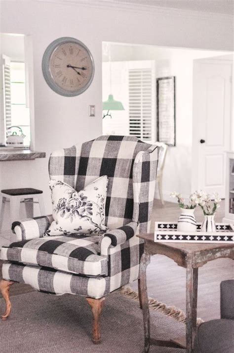 25 Fresh Ways To Style Your Home With Buffalo Check - DigsDigs