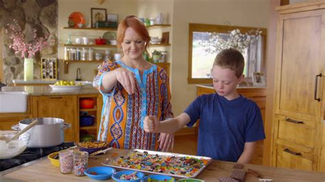 Kids in the Kitchen   The Pioneer Woman
