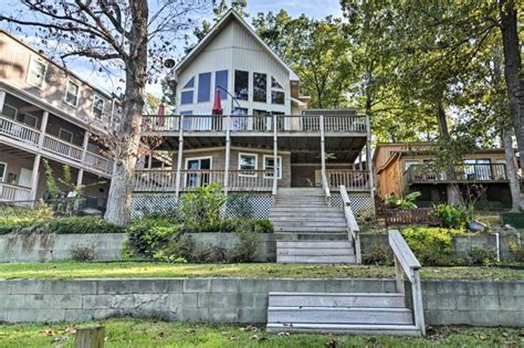 Quiet Hot Springs Home w/ Dock on Lake Hamilton! UPDATED