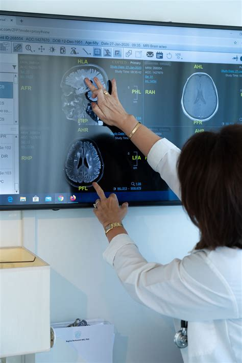 Multiple Sclerosis Specialist in West Hollywood, CA