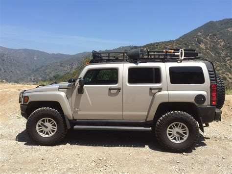 2006 Hummer H3 Adventure Package with RunCool Hood Louvers